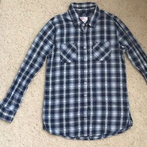 Size 16. Dark blue button down plaid.